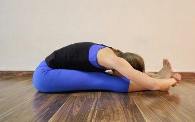 Posturas de flexión al frente